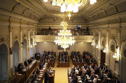 Zasedání sněmovny